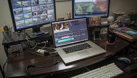 12 Tips On How To Work From Home As A Freelance Video Editor