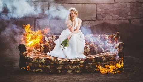 Photographer Burns Couch, with a Bride on It, Bringing Attention to Divorce