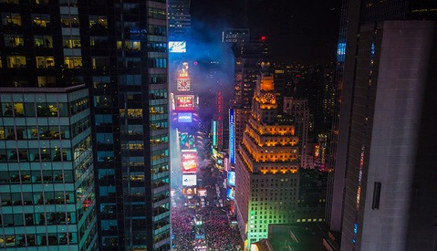 The Timelapse Group Shoots Jaw-Dropping (Ball-Dropping?) NYE Video in Times Square