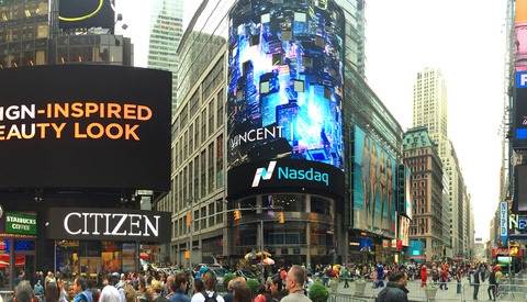 Get Your Photos Up On Times Square Billboards On Monday – For Free