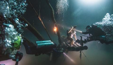 How Von Wong Captured An Amazing Portrait Deep Under Water
