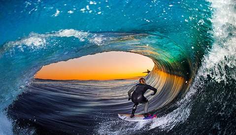 16-Year-Old Photographer Shoots Flash Photos Inside Waves