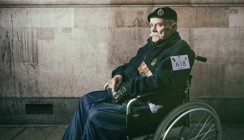 How an English Photographer Showed Thanks to His Country's Veterans