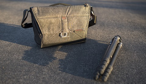 Hands-On with the Everyday Messenger: The Bag That Raised Nearly $5 Million