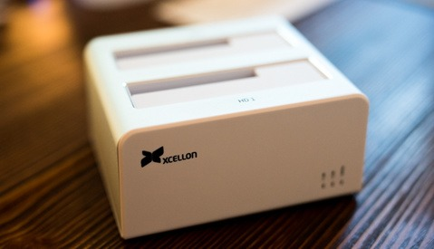 Fstoppers Reviews the Xcellon HDD RAID Docking Station