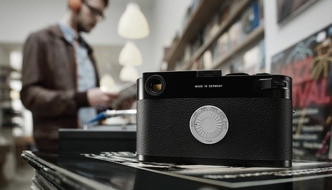 In Defense of the Screenless Digital Leica M-D