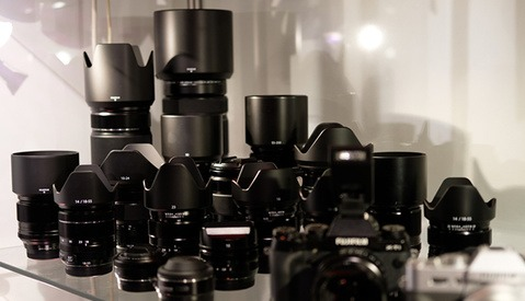 Tips on Choosing Your Camera Store From a Photographer Who Works At One