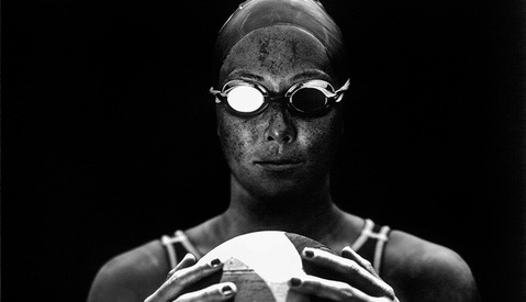 LA Times Photographer Captures Stunning 8x10 Portraits of US Olympic Athletes