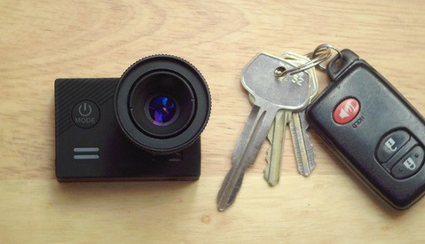 Cyclops: The Pocket-Sized Interchangeable Lens Camera