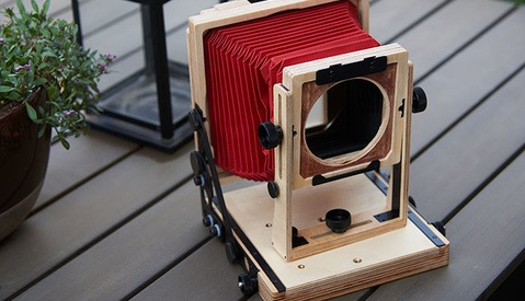 Fstoppers Reviews the Intrepid 4x5 Film Camera