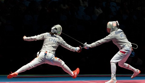 What It's Like Photographing Olympic Fencing