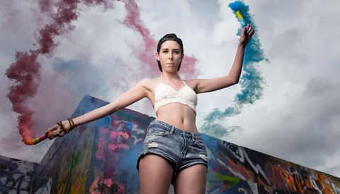 Mixing Smoke Grenades with Location Portraits