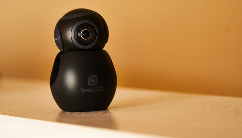 Fstoppers Reviews the Insta360 Air: A Pocket-Sized 360-Degree Streaming Camera