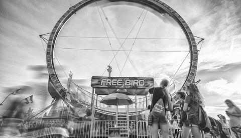 Make Your Carnival Photos More Interesting With a Neutral Density Filter