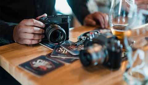 Beers and Cameras Is an Awesome Photographers' Meet-Up that Might Be in Your Area