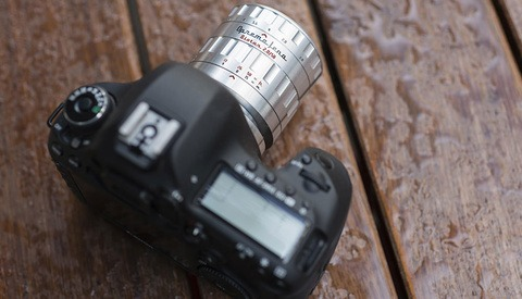 The Trend Towards Bokeh With Character Continues as Oprema Jena Announces the 58mm Biotar