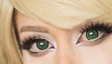 Quick Eye Retouching Tip for Removing Redness