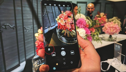 Hands on With the Huawei Mate 10 and Its New AI Camera