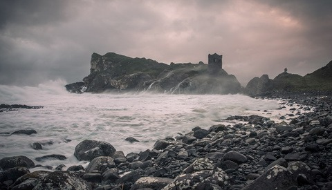 Capturing Beautiful Landscapes in Difficult Weather