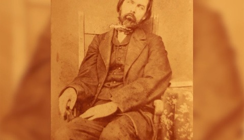 A Haunting Victorian-Era Photography Trend Known as Memento Mori