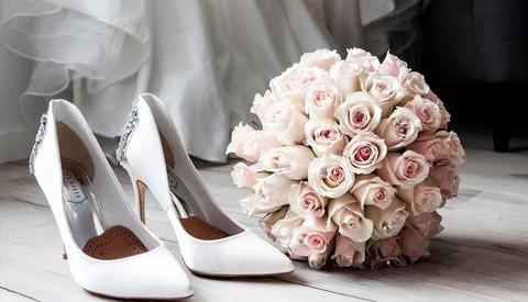 Dutch Wedding Photographer Takes Incredibly Risqué Wedding Photo [NSFW]
