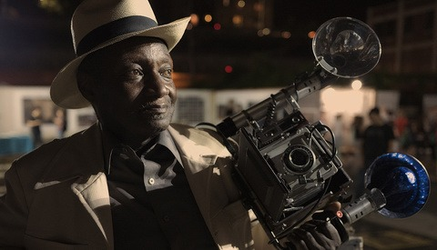 Taking a Portrait of the Portrait Master: Louis Mendes and His Graflex