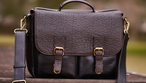 Fstoppers Reviews the All-Leather Blackforest Vinson Camera Messenger Bag