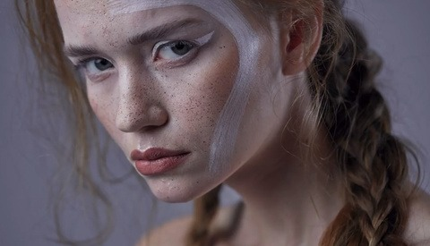 How to Clean Skin Using the Clone Stamp Tool to Retain a Natural Look