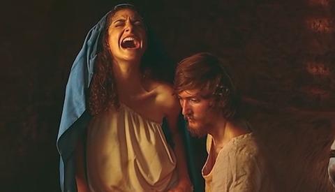 Framed Features Natalie Lennard for Her Birth: Undisturbed Series