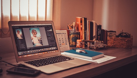 Should You Give Raw Files to Clients?
