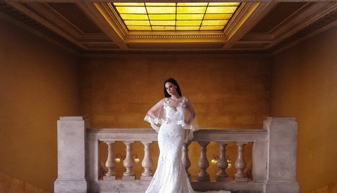 Using a Smartphone for a Bridal Fashion Photoshoot