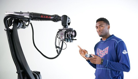 Marques Brownlee Shows Us What a Camera Mounted on a Robot Can Do