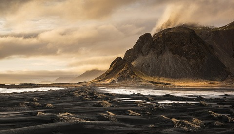 Landscape Photographer Shares About His Gorgeous Images Shot in Iceland