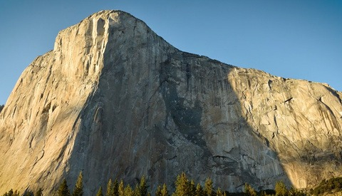 Photographer Creates Crazy Time-Lapse of Two Record-Setting Rock Climbers