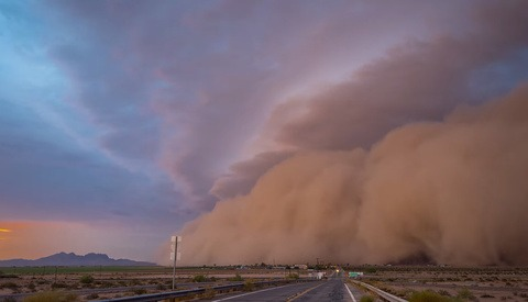 Epic Time-Lapse of a Monster Dust Storm