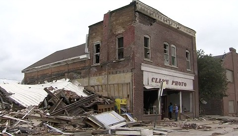 Photographer's 65-Year-Old Business Destroyed by Tornado