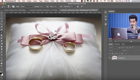 Wedding Photographers Will Love This Photoshop Technique for Adding a Shine