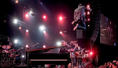 Leica Pro Reveals How to Capture Fantastic Live Concert Photos