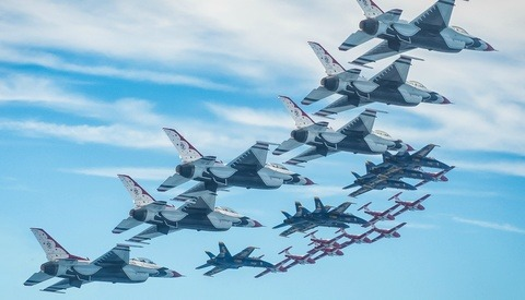Massive Photo Shoot of All U.S Military Jet Demo Teams Makes History