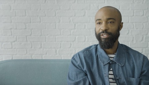 'Arrival' and 'Selma' Cinematographer Bradford Young Discusses Using Practical Light