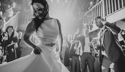 What Place Does Documentary Wedding Photography Hold In This Industry?