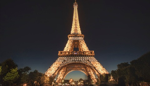 Did You Know it's Illegal to Photograph the Eiffel Tower at Night?