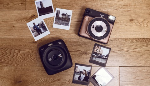 Fstoppers Reviews Fujifilm Instax Square SQ20: Good But Difficult to Recommend
