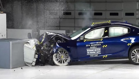 Crash Test Photography: Capturing the Impact in Slow Motion