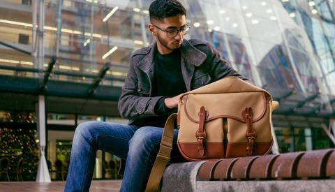 Fstoppers Reviews the Billingham Eventer Camera Shoulder Bag