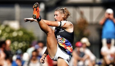 Photo of Australian Footballer Sparks Controversy