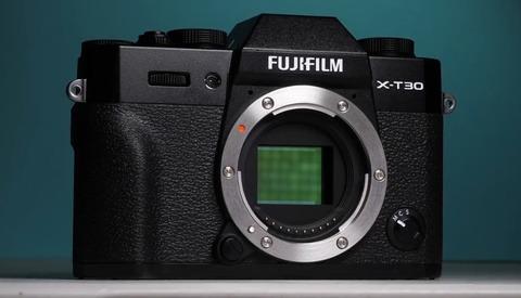 Fujifilm's X-T30 Is a Pint-Sized Powerhouse 4K Video Star