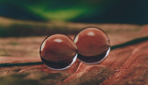 Creative Macro Photography With Water Balls