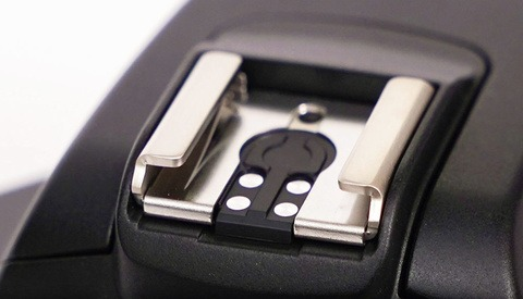 Canon Removes the Universal Hot Shoe Pin on Its Latest Release