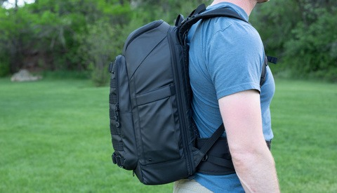 Fstoppers Reviews the Tenba Axis 20L Backpack